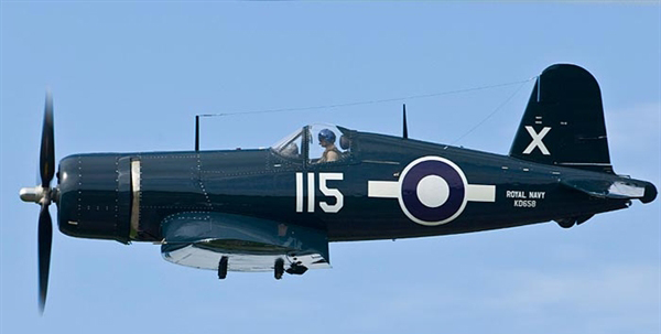 The Corsair belonging to Vintage Wings of Canada.  PHOTO : Peter Handley, AEC