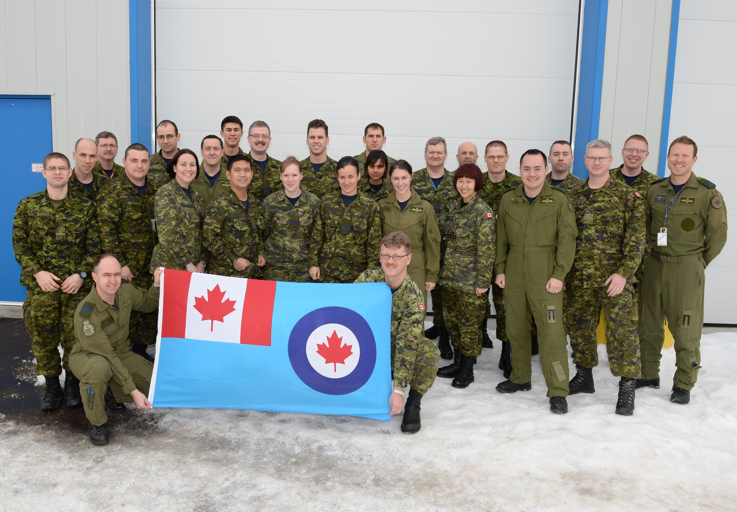 Personnel from 2 Canadian Mechanized Brigade Group and the RCAF participated in Unified Resolve 2014 at Canadian Forces Base Petawawa from February 11 to 25