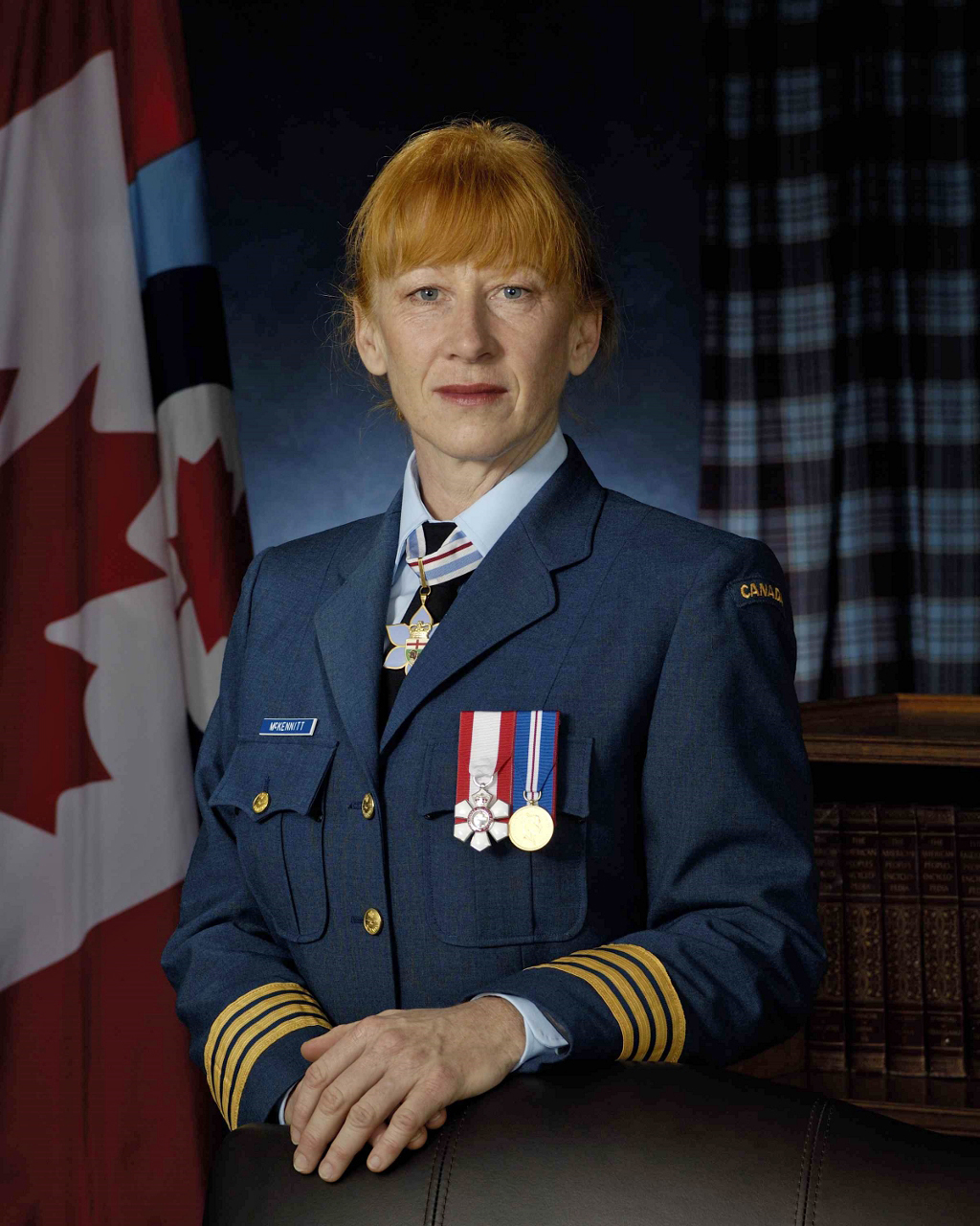 Loreena McKennitt, l'auteure-compositeure-interprète acclamée internationalement, est le nouveau colonel honoraire d l'Aviation royale canadienne. PHOTO : MDN