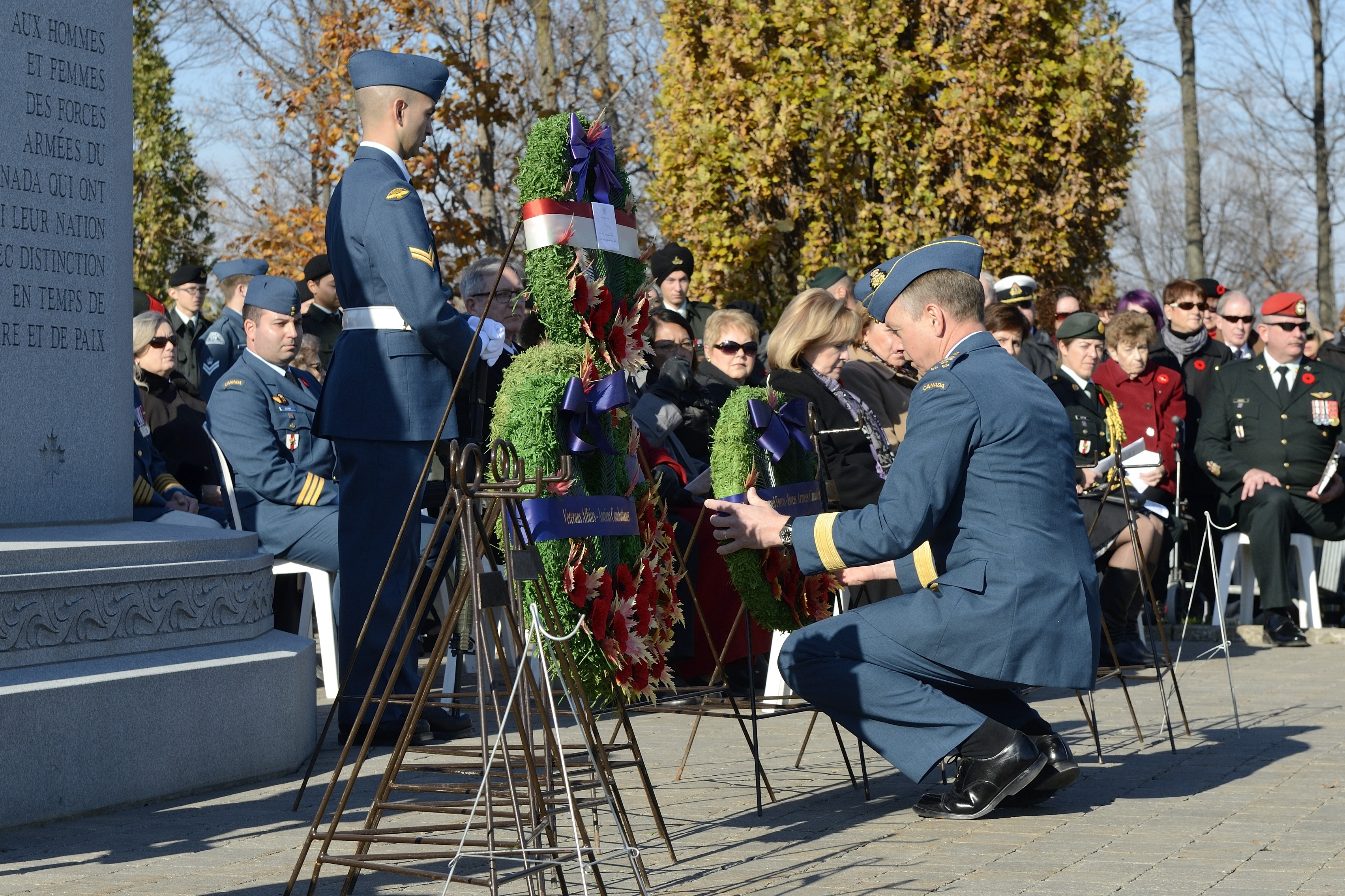 Lieutenant-General David Millar places a wreath during the Remembrance Day ceremony at Beechwood Military Cemetery in Ottawa, Ontario, on November 11, 2014. PHOTO: Corporal Lisa Fenton