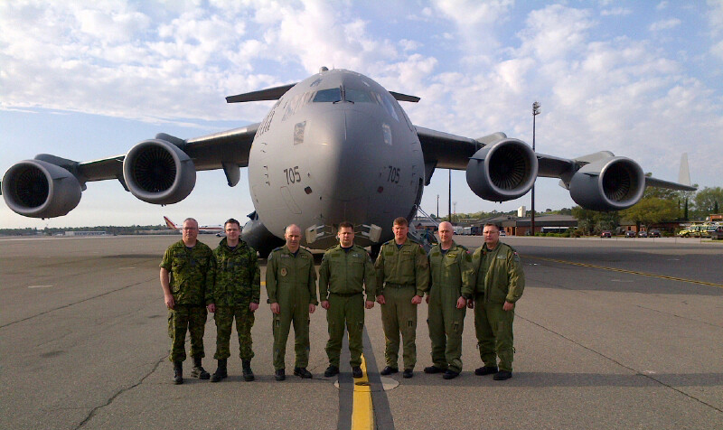 The Royal Canadian Air Force's fifth CC-177 Globemaster III and her crew are ready for her maiden voyage home. PHOTO: DND