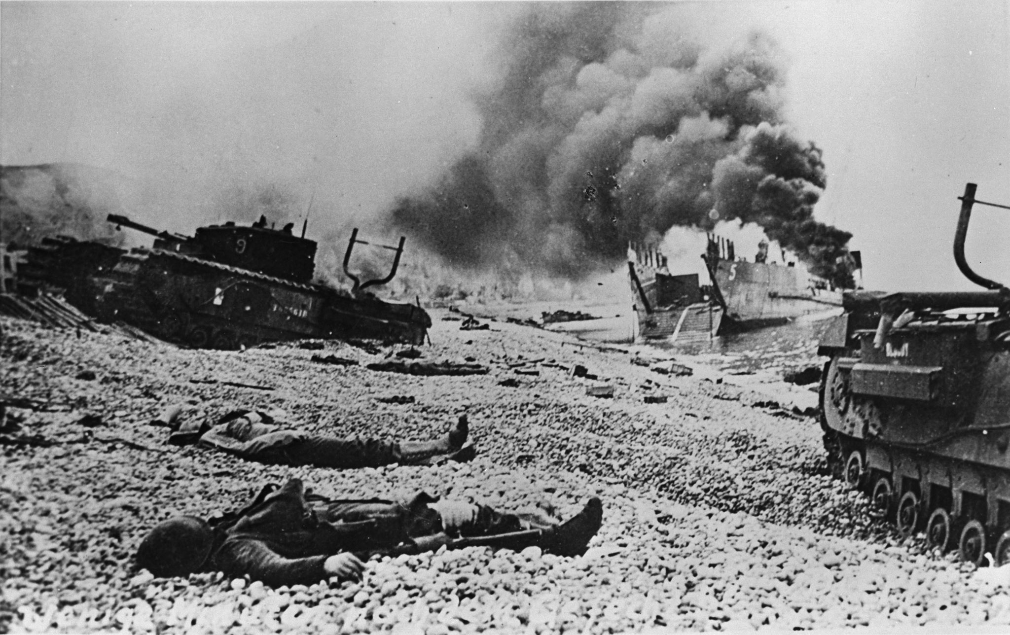 A German photograph of the aftermath of the Dieppe raid. PHOTO: DND Archives, Z-8471-11