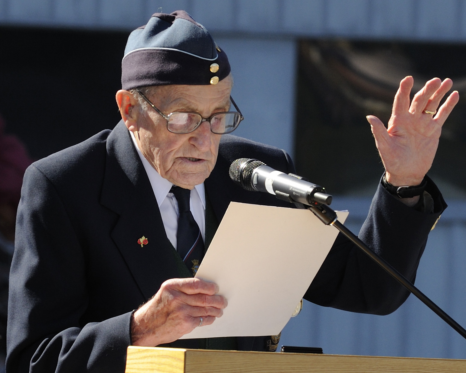 "Second World War veteran Harold Edward 'Dutch' Holland reads the poem ""High Flight"" during the the national Battle of Britain ceremony in 2012. PHOTO: Corporal Darcy Lefebvre, fa2012-0024-49"