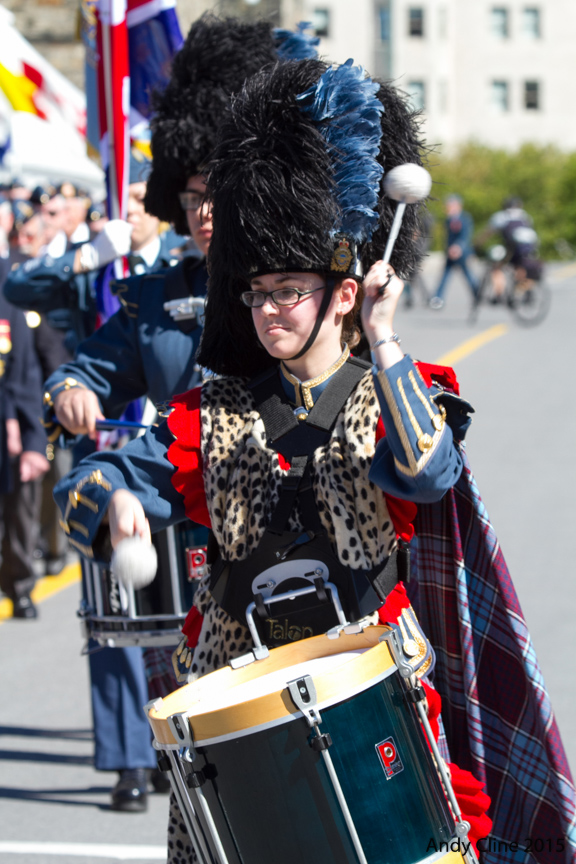 Corporal Lindsay Zarboni, tenor drummer with the RCAF Pipes and Drums, marches toward Parliament Hill for the national ceremony held September 20, 2015, to mark the 75th anniversary of the Battle of Britain. PHOTO: © Andy Cline, used with permission