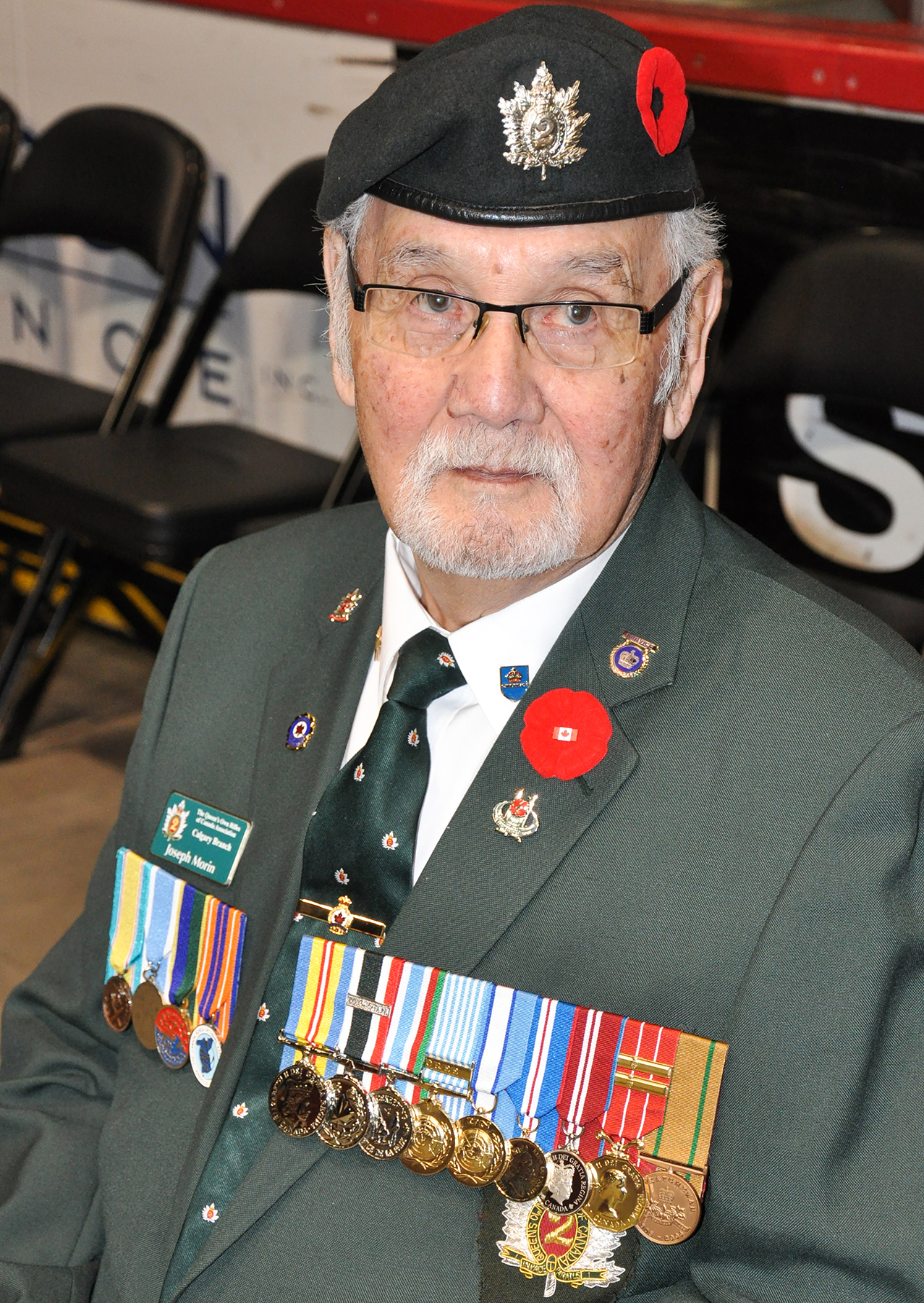 Master Corporal (retired) Joseph Morin takes a moment to reflect before the 15 Wing Remembrance Day ceremony in Moose Jaw, Saskatchewan, on November 11, 2015. PHOTO: Lieutenant Jenn Halliwell