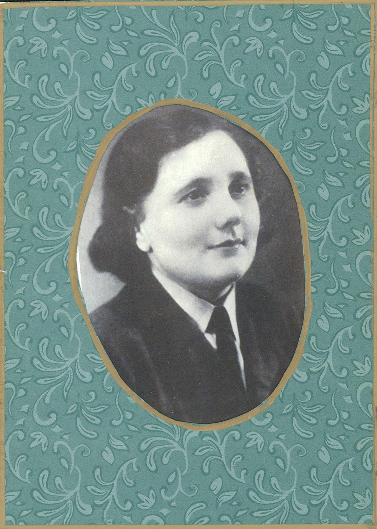 Molly Rayner, a cook with 408 Bomber Squadron during the Second World War, remained involved with the squadron for the rest of her life.