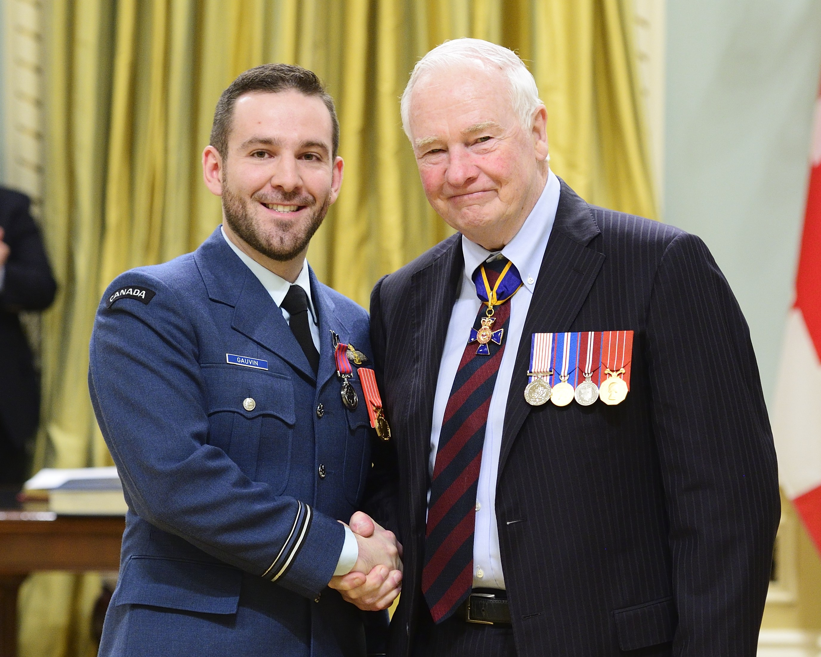 news governor hands honours military royal and standard canadian general force johnston air shake lieutenant david page decor template gauvin article decorations en