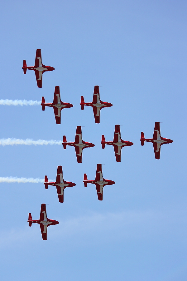 Canada's iconic Snowbirds closed out the Quinte International Air Show in style, flying their nine CT-114 Tutors in close- knit formations to the delight of the crowd. PHOTO: © Attila Papp