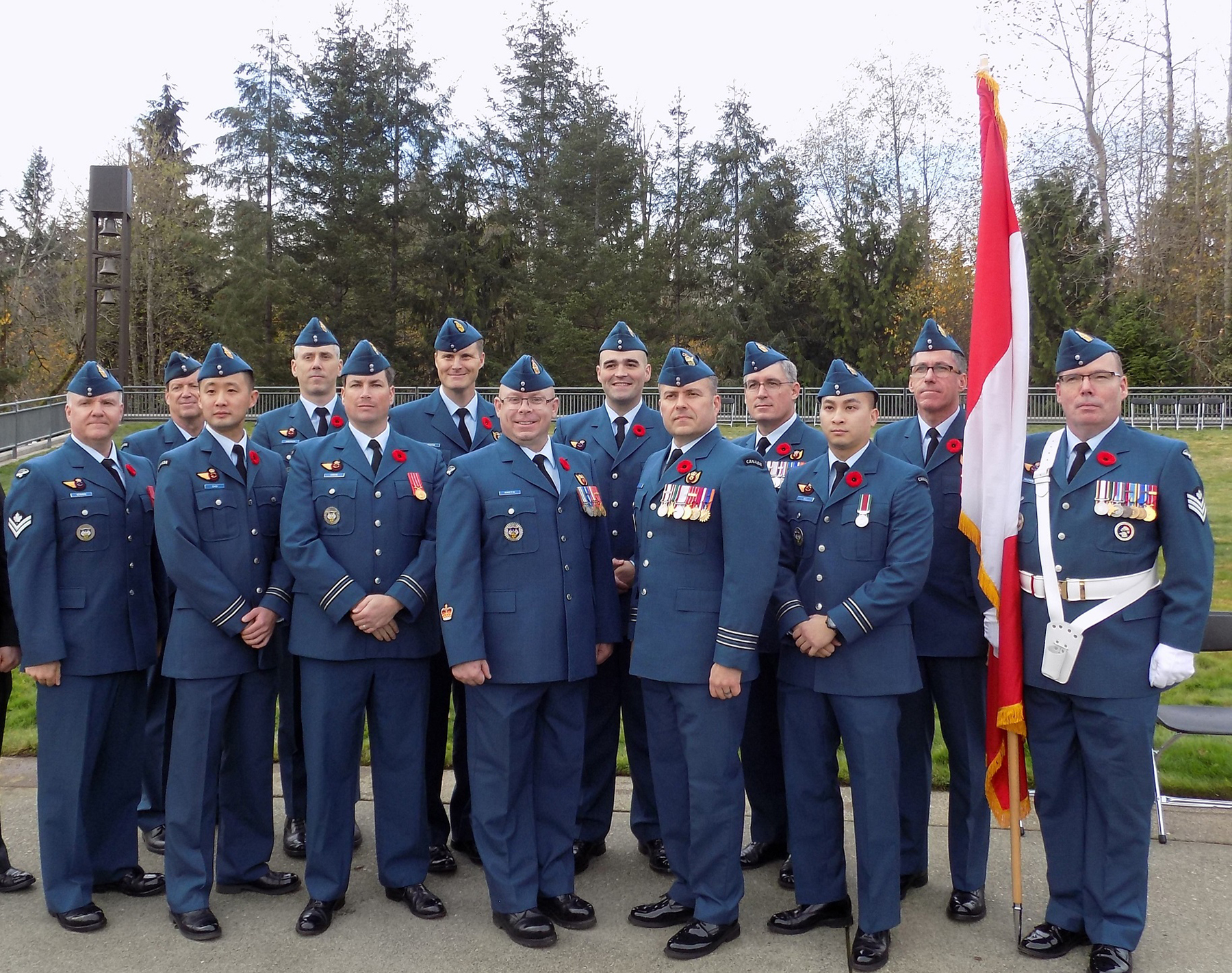 Royal Canadian Air Force members serving at Joint Base Lewis-McChord in Washington State attend the Veteran's Day ceremony held at Tahoma National Cemetery on November 11th 2016. PHOTO: DND