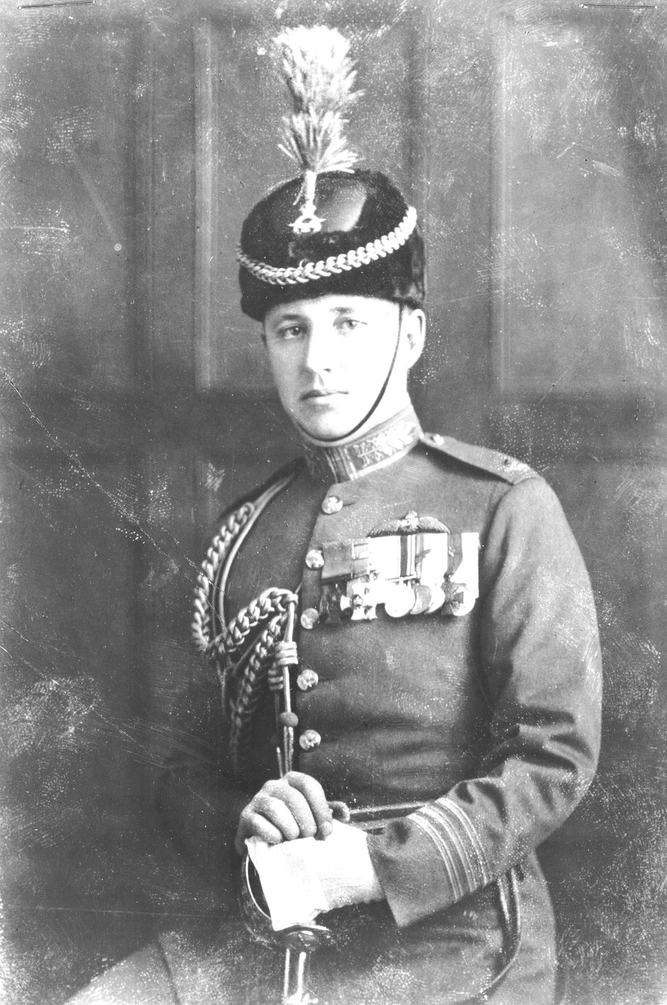 Wing Commander William G. Barker, the first director of the newly-created Royal Canadian Air Force, held the post from April 1, 1924, to May 18, 1924. In this photo, taken around 1925, he wears the dress uniform of the RCAF. PHOTO: DND Archives, RE64-236