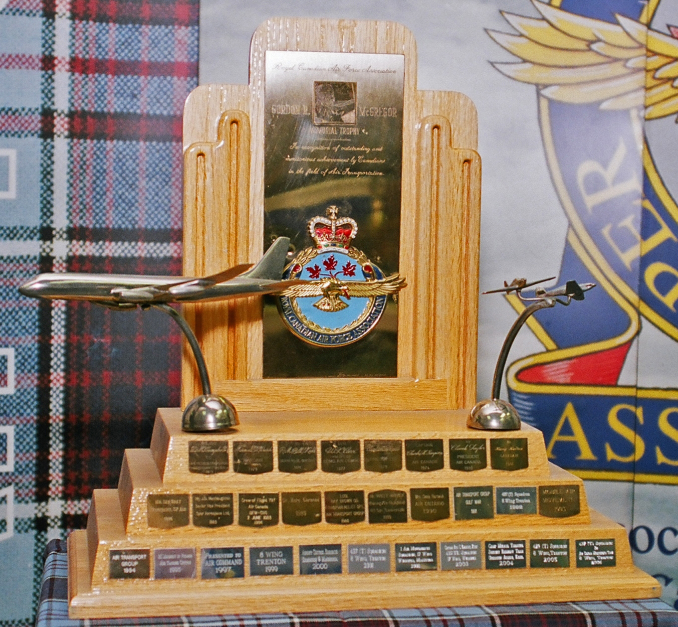The 2016 Gordon R. McGregor Memorial Trophy was presented to the Calgary Airport Authority in recognition of outstanding and meritorious achievements in the field of air transportation. PHOTO: RCAFA