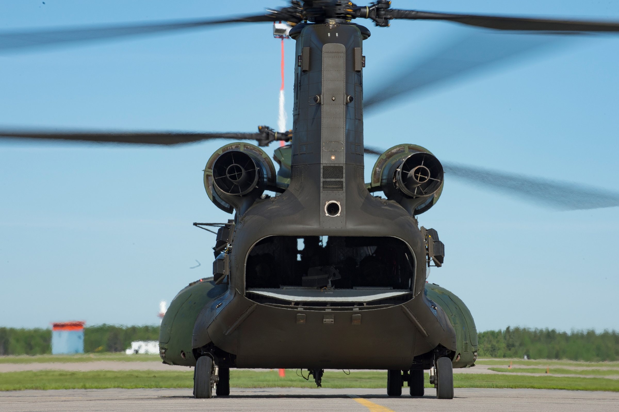 A Royal Canadian Air Force CH-147F Chinook helicopter prepares for flight during Exercise Maple Flag 50 at 4 Wing Cold Lake, Alberta, on May 30, 2017. PHOTO: Master Corporal Heather MacRae, CK05-2017-0462-005