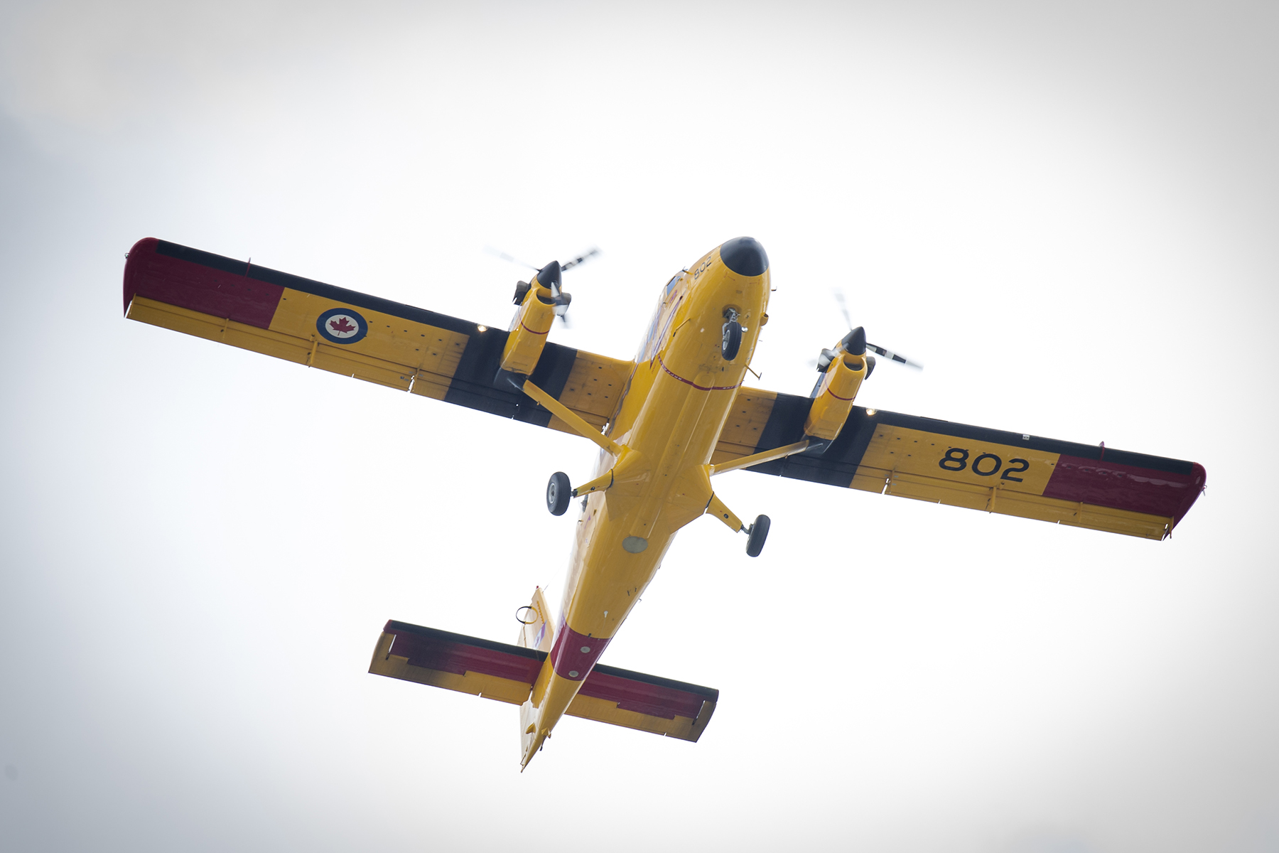 On July 2, 2017, a CC-138 Twin Otter, a short takeoff and landing aircraft, flies over Parliament Hill in Ottawa, Ontario, to mark the 150th anniversary of Canada's confederation. The Twin Otter can be outfitted with wheels or skis to land on water, land, snow or ice, and is used in transport and support roles, and in search and rescue missions in Canada's north. The Canadian Armed Force's four Twin Otters are based in Yellowknife, Northwest Territories. PHOTO: Corporal Michael J. MacIsaac, SU12-2017-0794-141