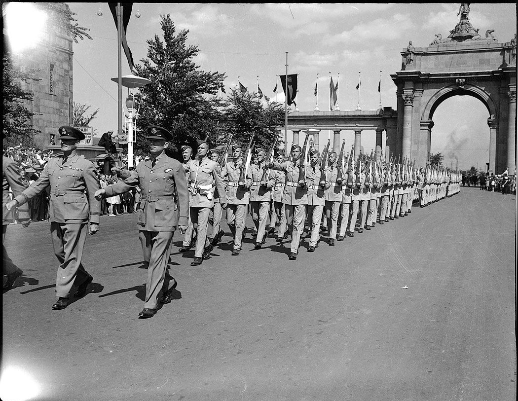 Members of the Royal Canadian Air Force parade in Exhibition Park in Toronto sometime in the 1940s. PHOTO: City of Toronto Archives, Fonds 1257, Series 1057, Item 2220