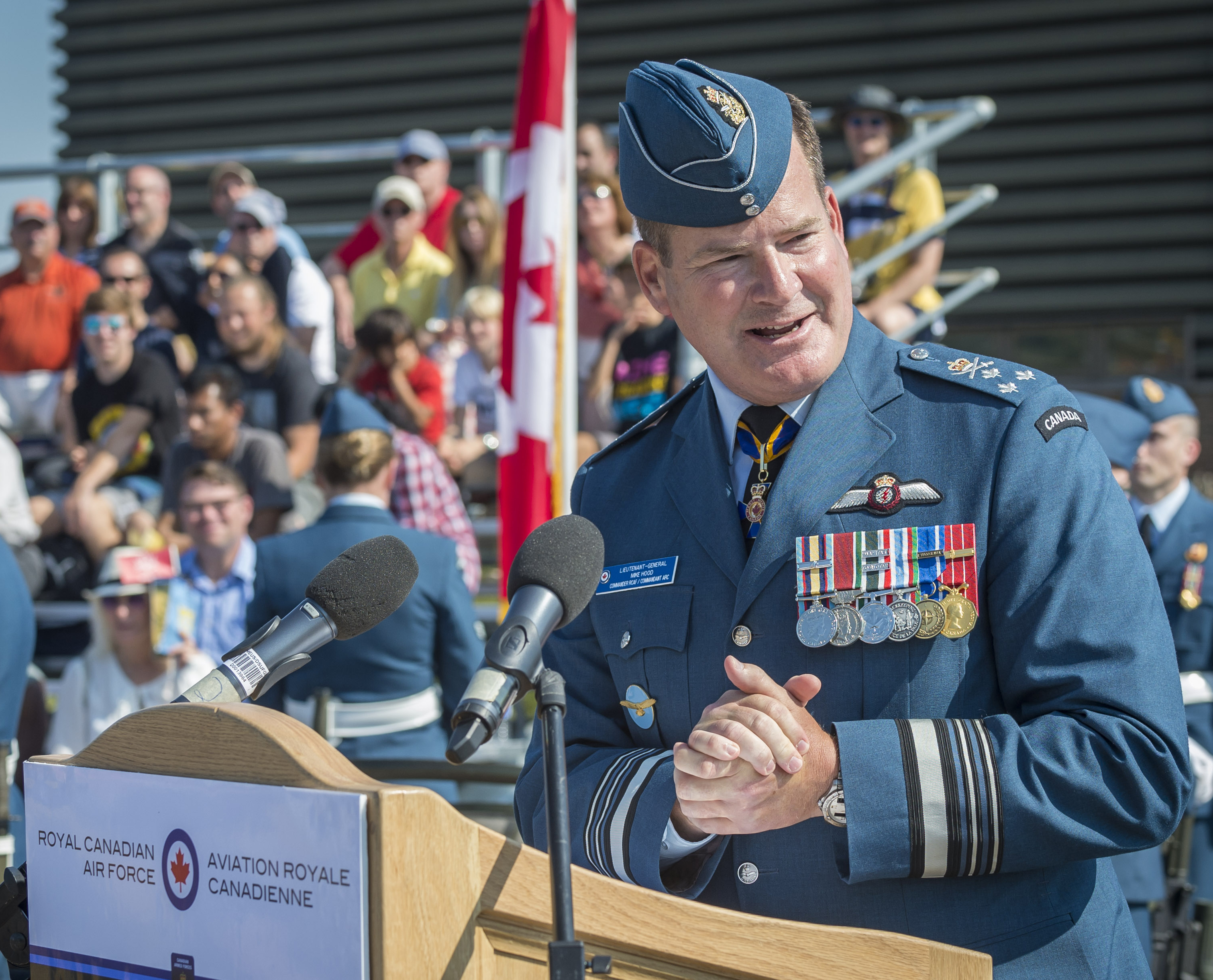 Lieutenant-General Michael Hood, commander of the RCAF, speaks to veterans, spectators and RCAF personnel on parade during the national Battle of Britain commemorative ceremony in Gatineau, Quebec, on September 17, 2017. PHOTO: Corporal Alana Morin, FA03-2017-0119-110