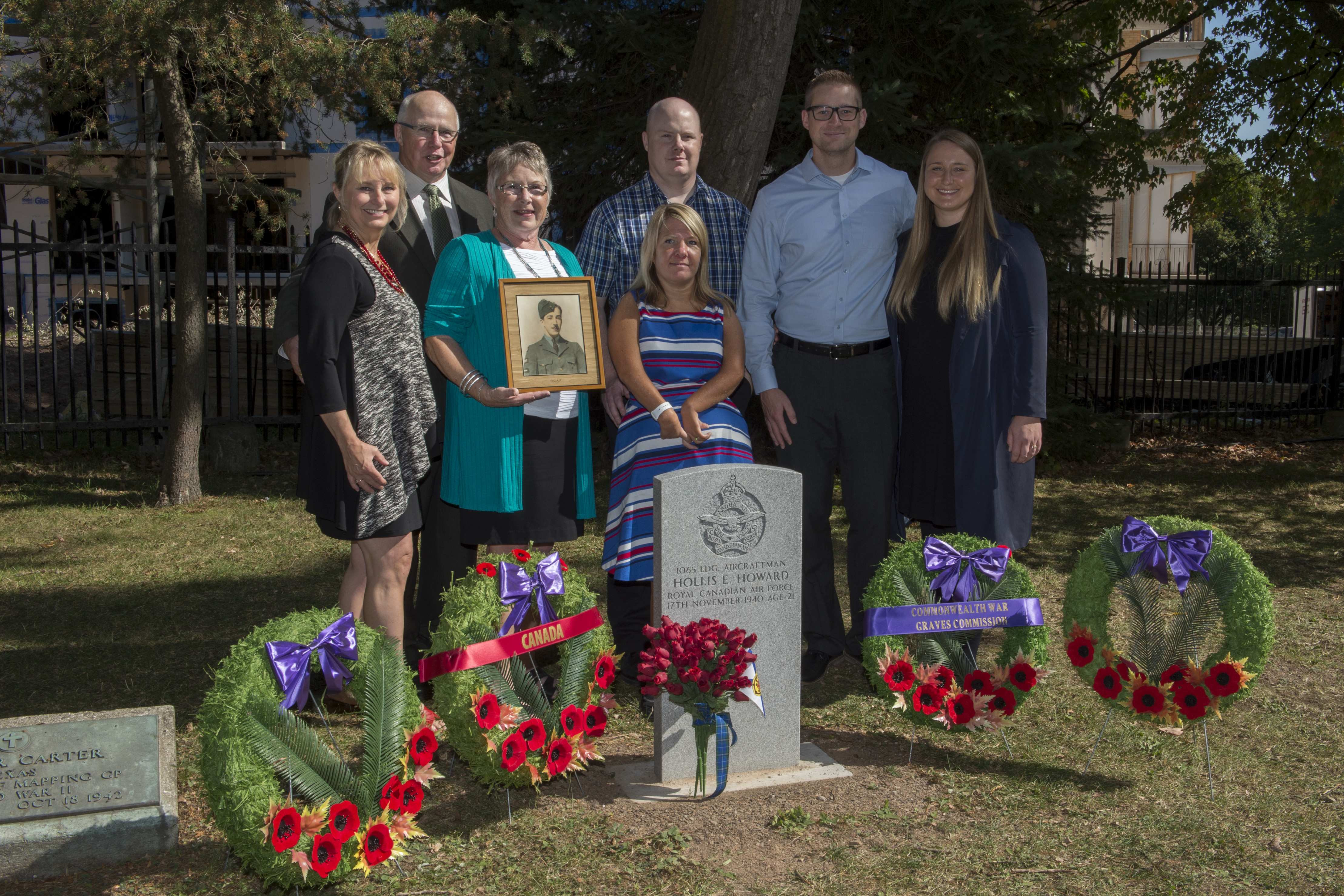 On September 22, 2017, Howard family members pose behind the grave of Leading Aircraftman Hollis Eugene Howard, at the Mount Hermon Cemetery in Quebec City, Quebec. PHOTO: Corporal François Charest, VH2017-064-033