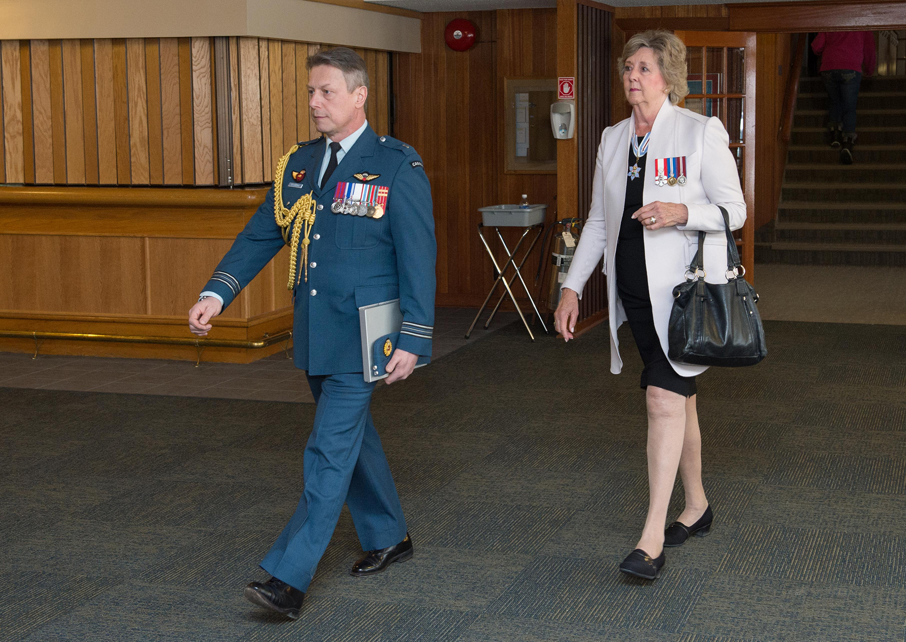 Lieutenant Governor of Manitoba Janice Filmon is piped in during the 17 Wing Winnipeg, Manitoba, Honorary Colonel change of appointment ceremony held on March 21, 2018. PHOTO: Corporal Darryl Hepner, WG2018-0120-003