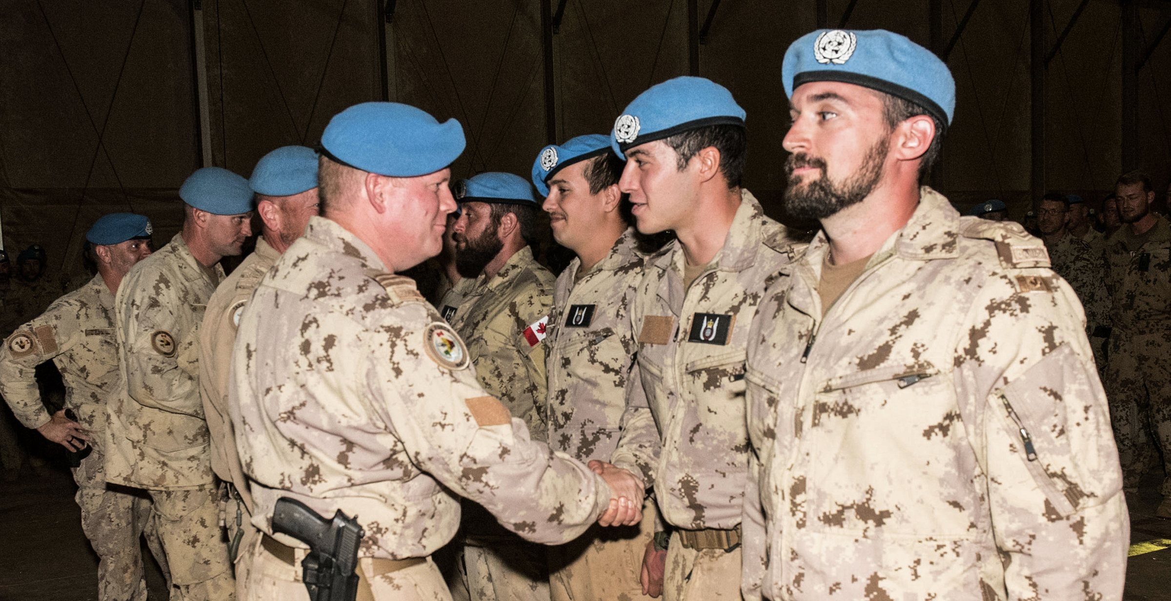 At Camp Castor in Gao, Mali, CH-146 Griffon and CH-147F Chinook door gunners deployed on Operation Presence, as part of the UN mission in Mali, received their interim tactical aviation door gunner badges on January 10, 2019. PHOTO: DND, TM01-2019-0001-16