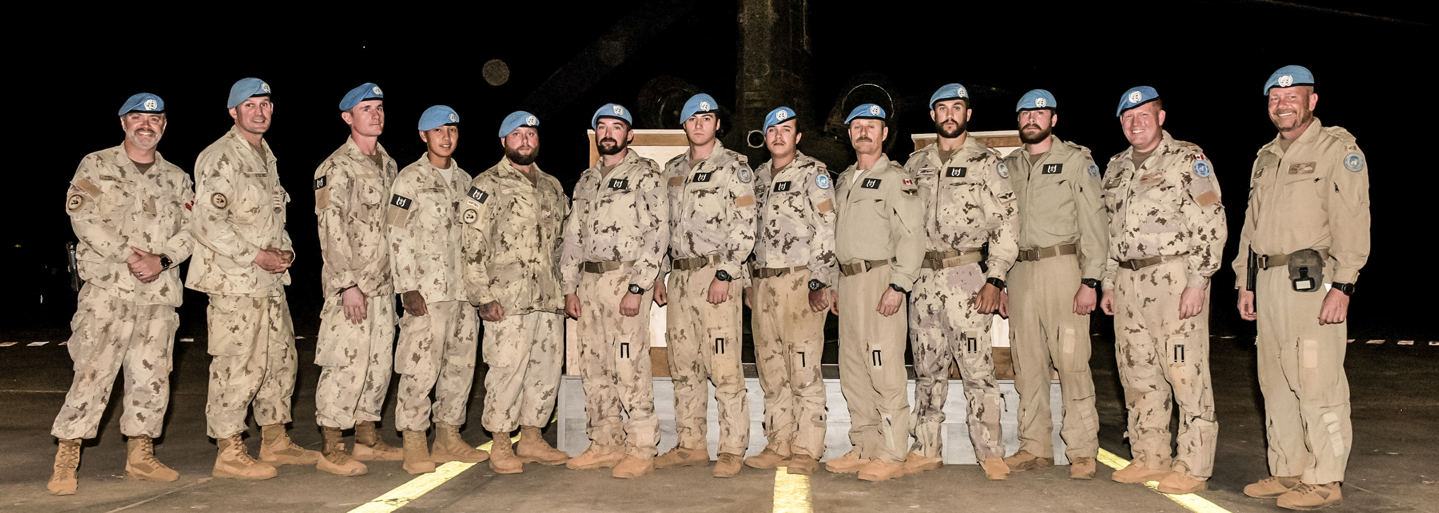 CH-146 Griffon and CH-147F Chinook helicopter door gunners serving on Operation Presence in Mali received their new interim tactical aviation door gunner badges on January 10, 2019. PHOTO: DND, TM01-2019-0001-18