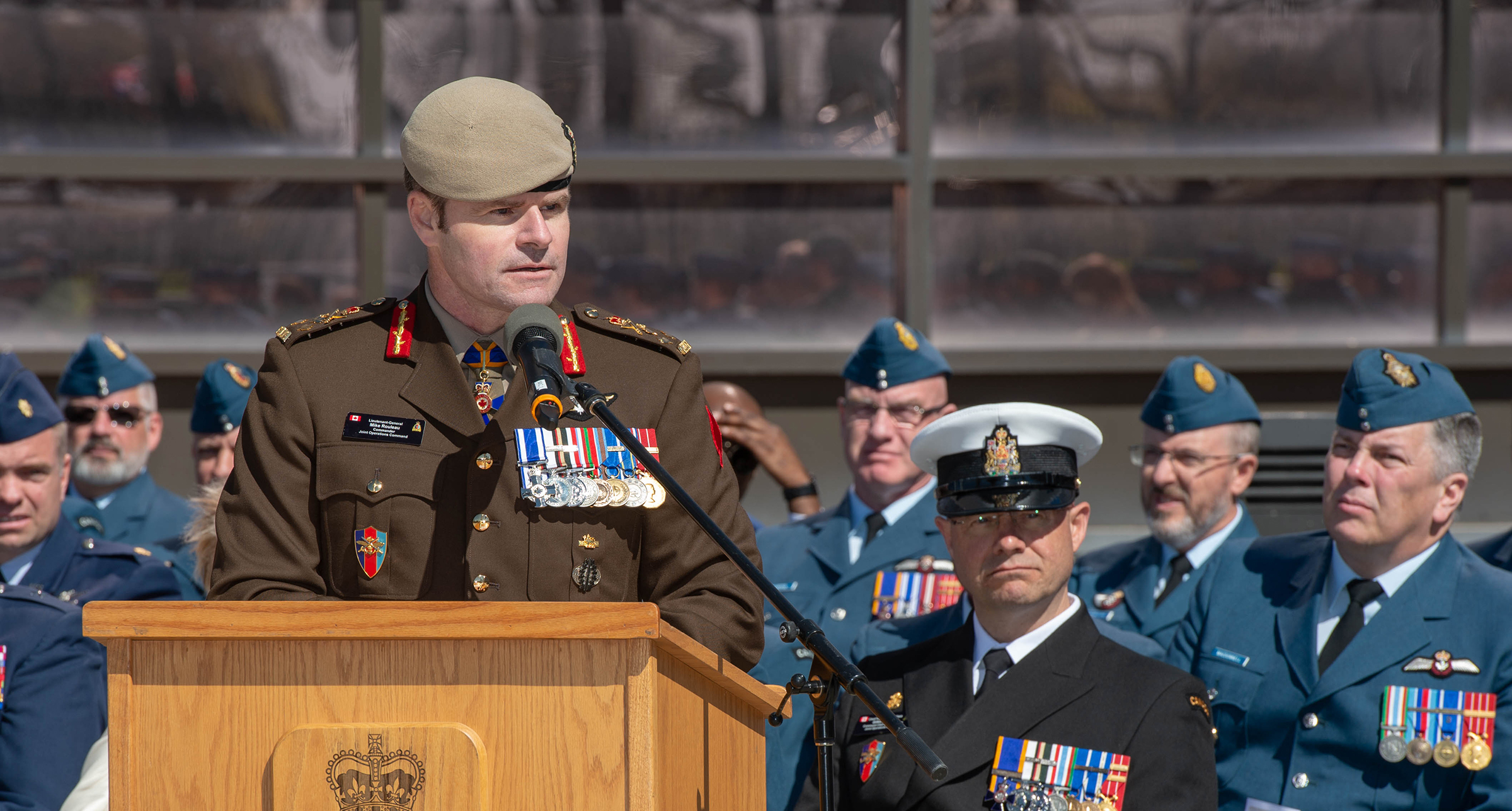 Lieutenant-General Mike Rouleau, commander of Canadian Joint Operations Command, addresses the parade and guests during the change of command ceremony for 1 Canadian Air Division, Canadian NORAD Region and the Joint Force Air Component held May 16, 2019, at 1 CAD headquarters in Winnipeg, Manitoba. PHOTO: Corporal Bryce Cooper, WG2019-0214-041