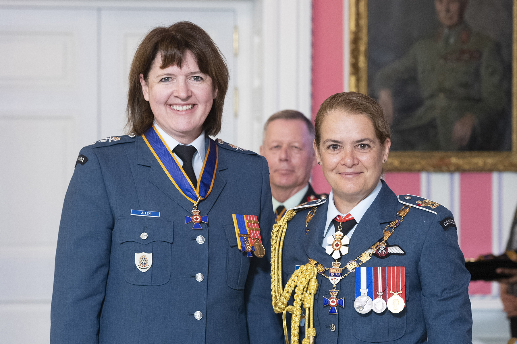 Major-General Frances Jennifer Allen, C.M.M., C.D. (left) stands with Governor General and Commander-in-Chief of Canada Julie Payette after receiving the C.M.M. insignia from the Governor General during a May 27, 2019, presentation ceremony at Rideau Hall in Ottawa, Ontario. PHOTO: Sergeant Johanie Maheu, Rideau Hall, © OSGG, GG05-2019-0118-010