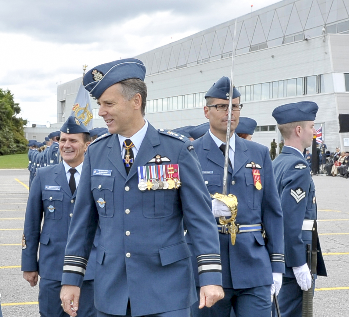 Lieutenant-General Al Meinzinger, commander of the Royal Canadian Air Force, inspects RCAF personnel on parade during the 2019 national Battle of Britain ceremony held September 15, 2019, at the Canada Aviation and Space Museum in Ottawa. The parade was commemorated the pivotal Battle of Britain that took place 79 years ago in the skies over southeast England and the English Channel. PHOTO: Aviator Jacob Hanlon, FA01-2019-0004
