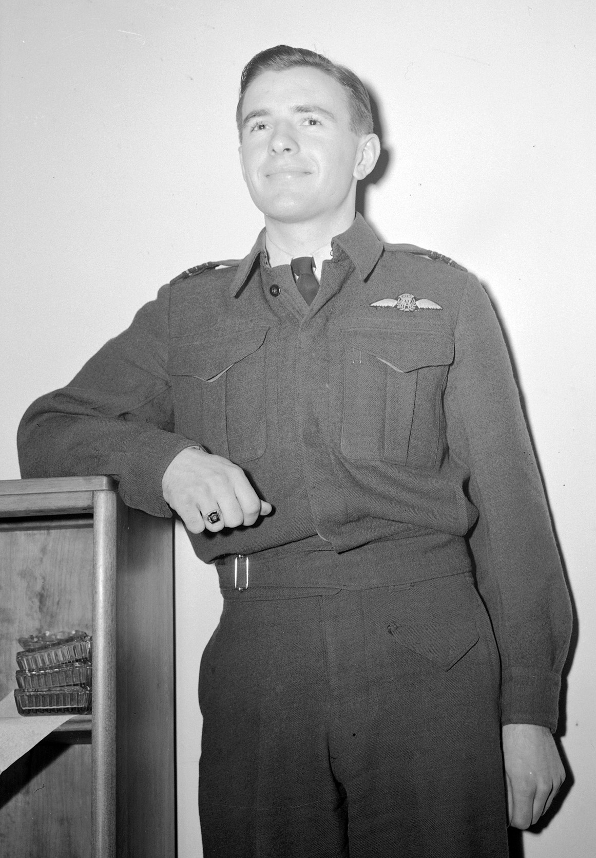 Squadron Leader Russ Bannock, of Edmonton, Alberta, in a February 29, 1944, photograph. PHOTO: DND Archives, PL-24137