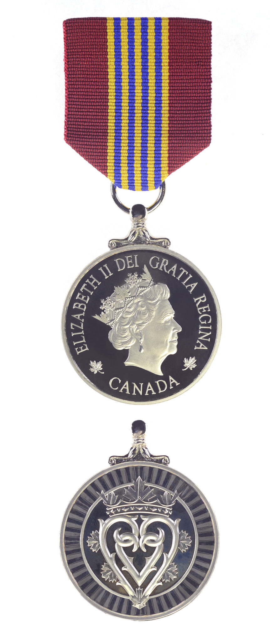 The Sovereign's Medal for Volunteers. IMAGE: www.canada.ca/en/department-national-defence/services/medals/medals-chart-index/sovereigns-medal-volunteers.html