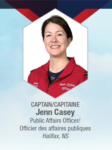La captaine Jenn Casey