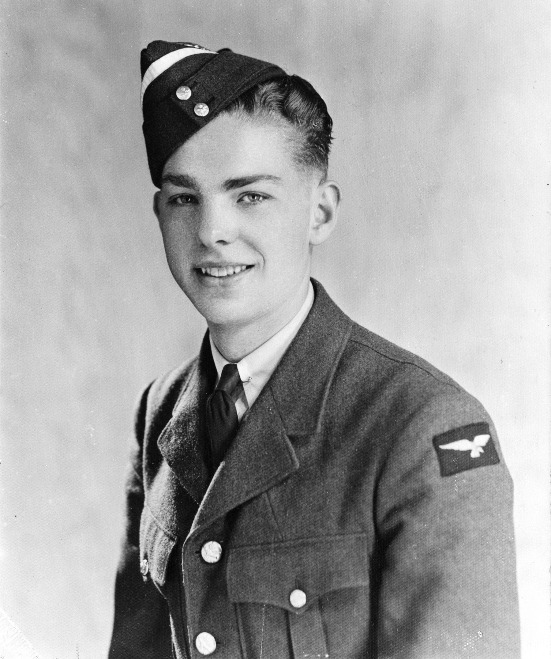 Leading Aircraftman Karl Gravell as photographed in late July, 1941.