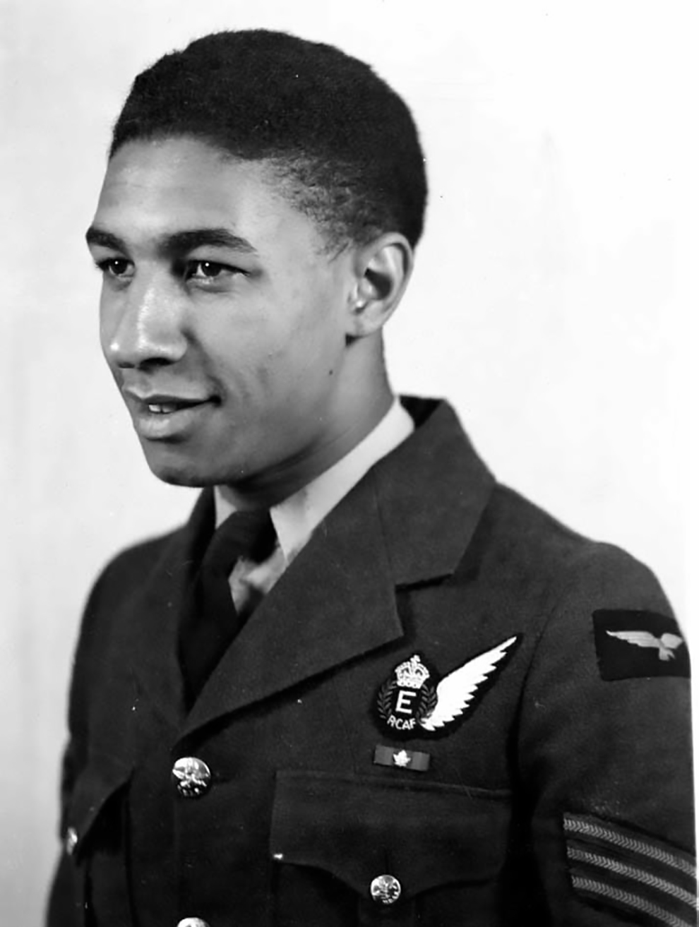Sergeant Reginald Taylor de la Rosa enlisted in the Royal Canadian Air Force on August 18, 1941, in Toronto as an aero engine mechanic. He was one of the few Black-Canadians who were able to enlist prior to the lifting of the colour barrier. He later retrained as a flight engineer. PHOTO: RCAF, courtesy Major Mathias Joost