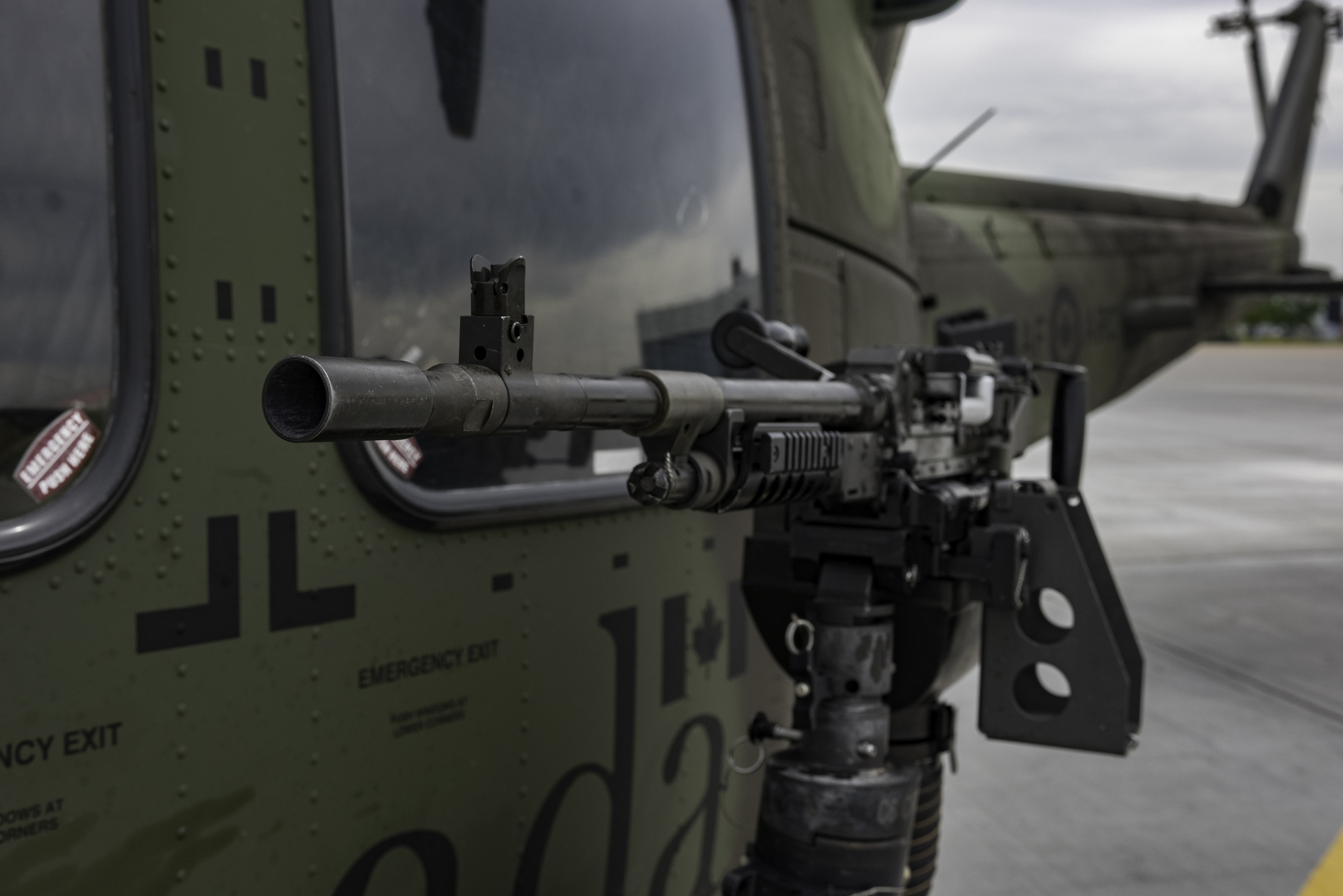 408 Tactical Helicopter Squadron CH-146 Griffon helicopters that participated in Gander Gunner in July, at 4 Wing Cold Lake, Alberta, were configured with dual, side mounted C6 machine guns. PHOTO: Private Connie Valin